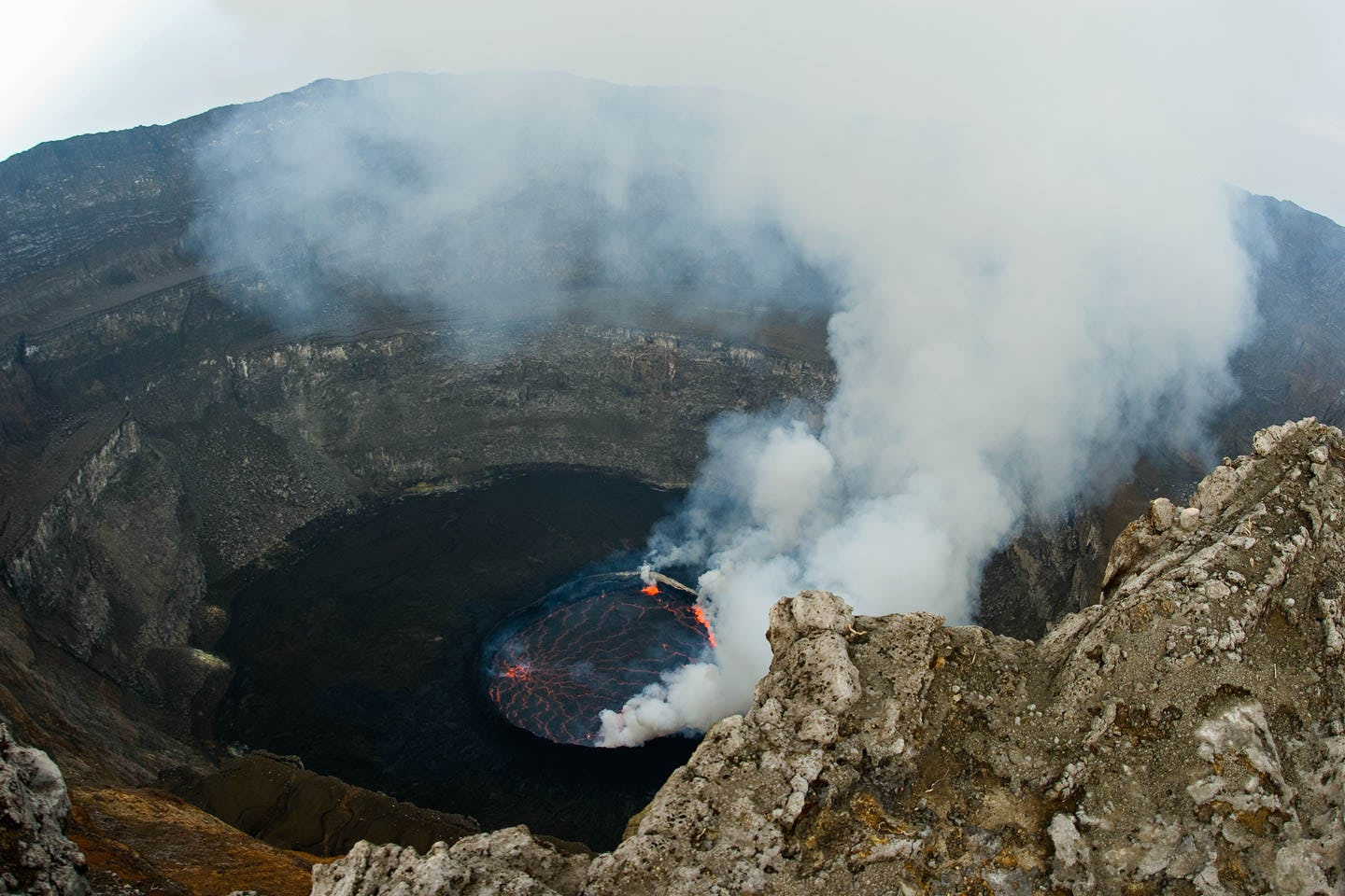 World's largest lava lake